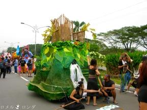 UP Lantern Parade 2013 014